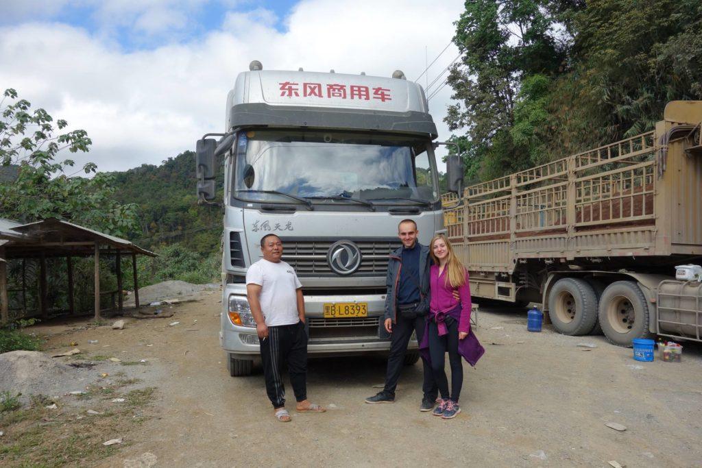 Bo tirem też można .. Autostop w Laosie