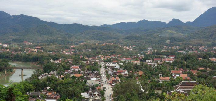 widok na miasta Luang Prabang