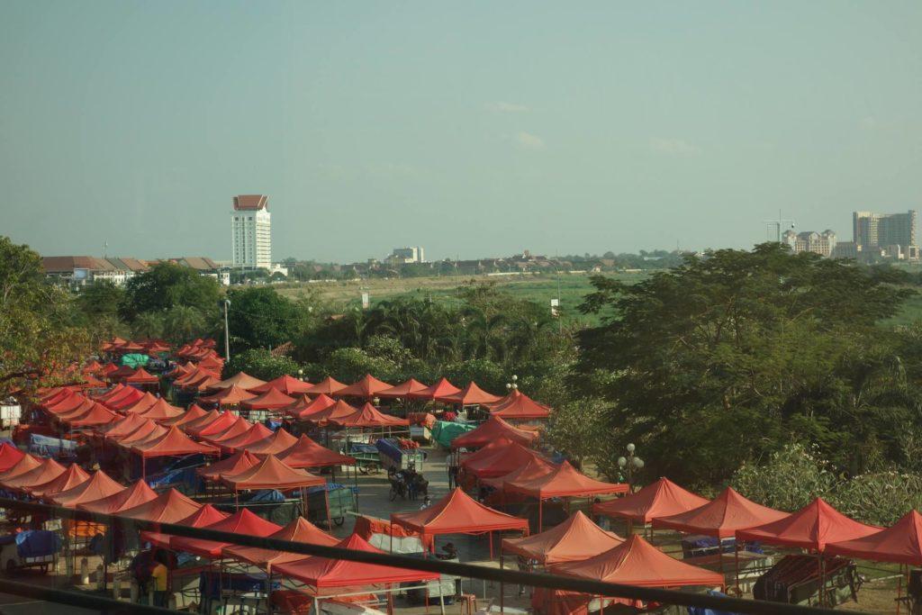 nocny market wientian