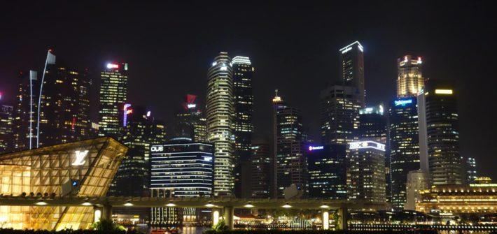 Marina Bay nocą