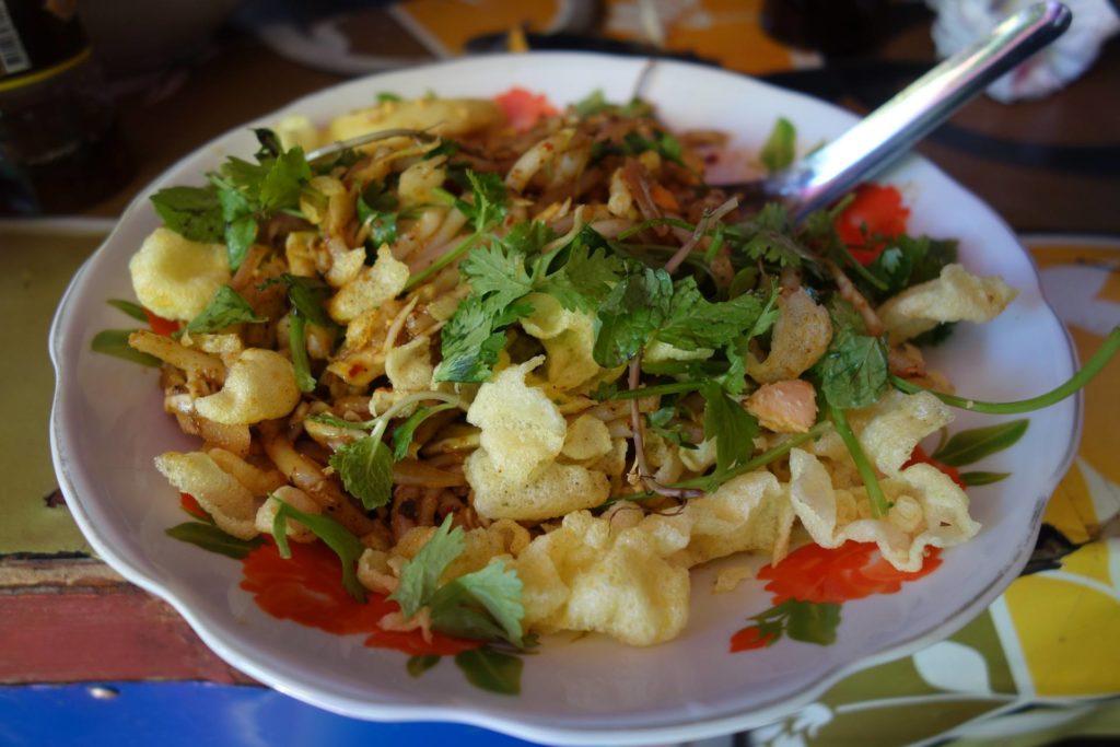 Tradycyjny posiłek w Birmie